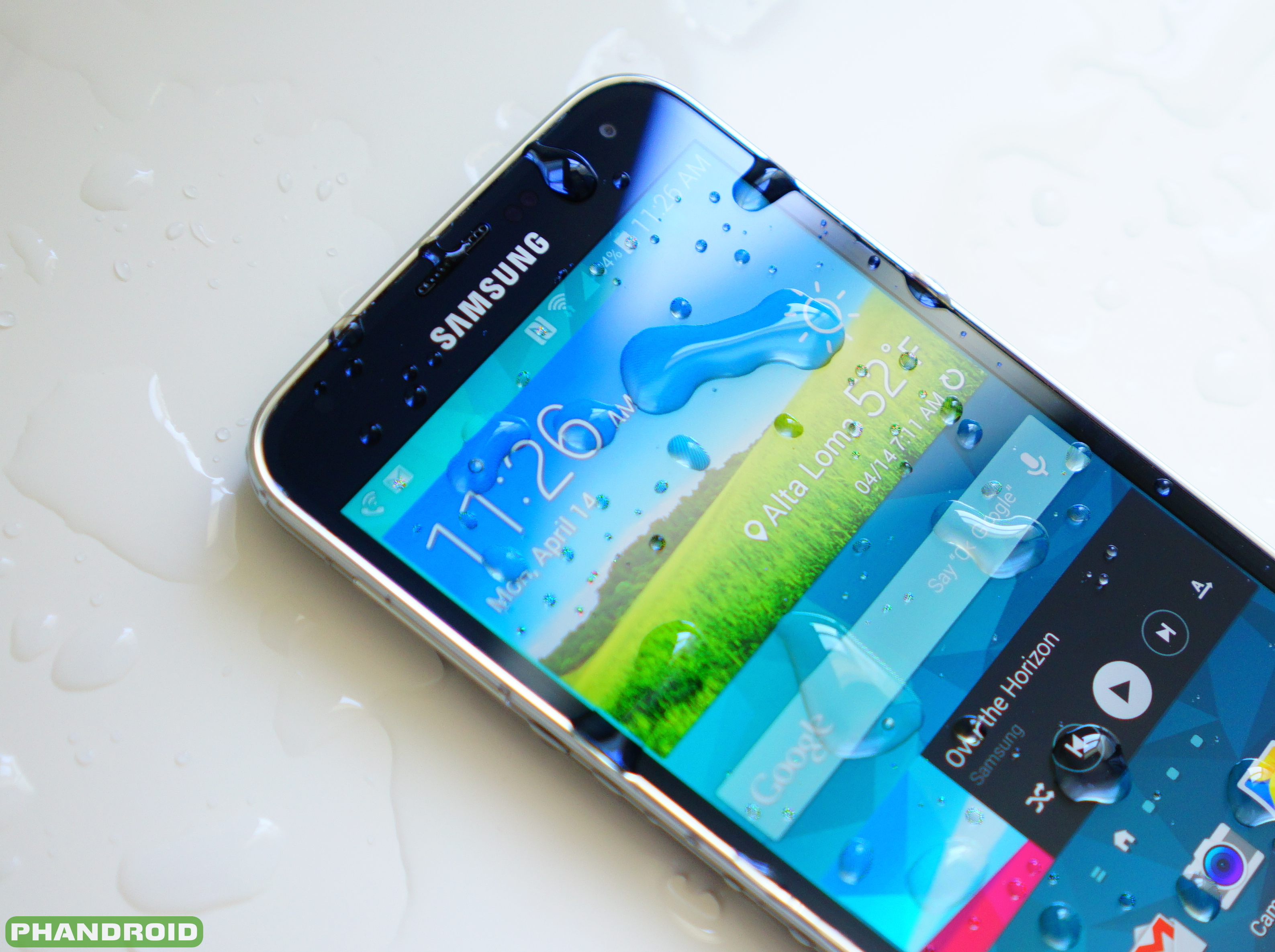 Samsung-Galaxy-S5-water-logo-wm-DSC05776